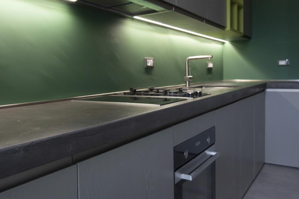 Top cucina in resina o con effetto cemento